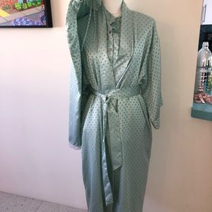Cabernet 3 piece robe pajama set -medium